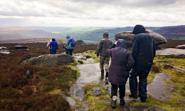 RAINY LONGSHAW GUIDED WALK