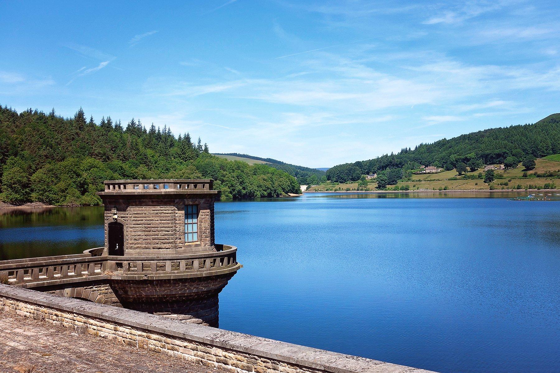 Ladybower Reservoir in Derbyshire, UK