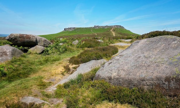 ROASTING ON HIGGER TOR AND CARL WARK, Peak District