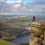 BAMFORD EDGE IN THE PEAK DISTRICT, DERBYSHIRE
